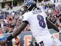 Lamar Jackson uses video game moves for Insane 47-yard TD