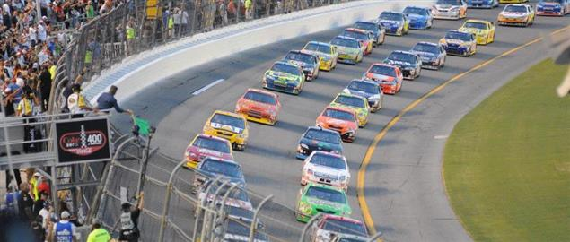Start of the Coke Zero 400, 7/5/08.
