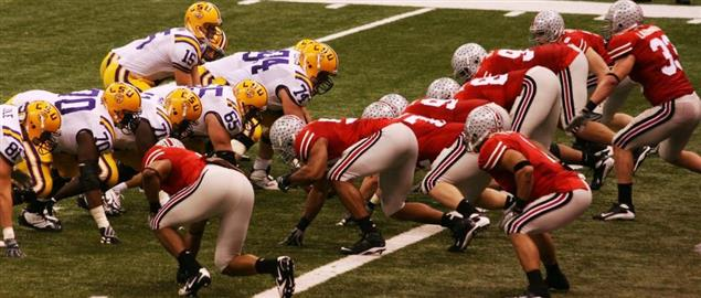Ohio State lines up against LSU in the BCS National Championship game 2008