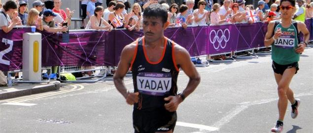 Ram Singh Yadav (India) & Sinkweon Jang (Korea) - London 2012 Men's Marathon