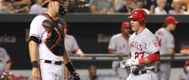 Los Angeles Angels center fielder Mike Trout (27)