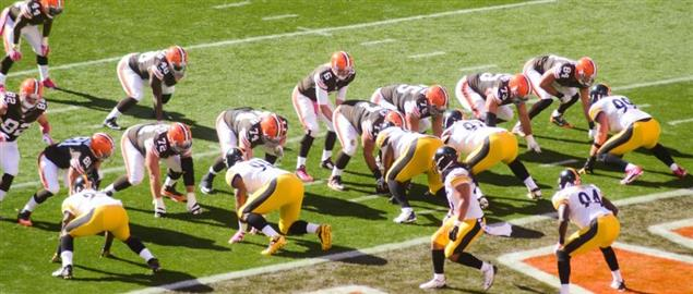 Cleveland Browns on the goal line against the Pittsburgh Steelers, 2014 season.
